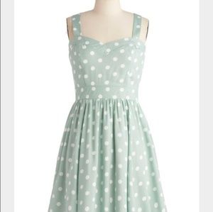 Mint Minkpink dress with pockets